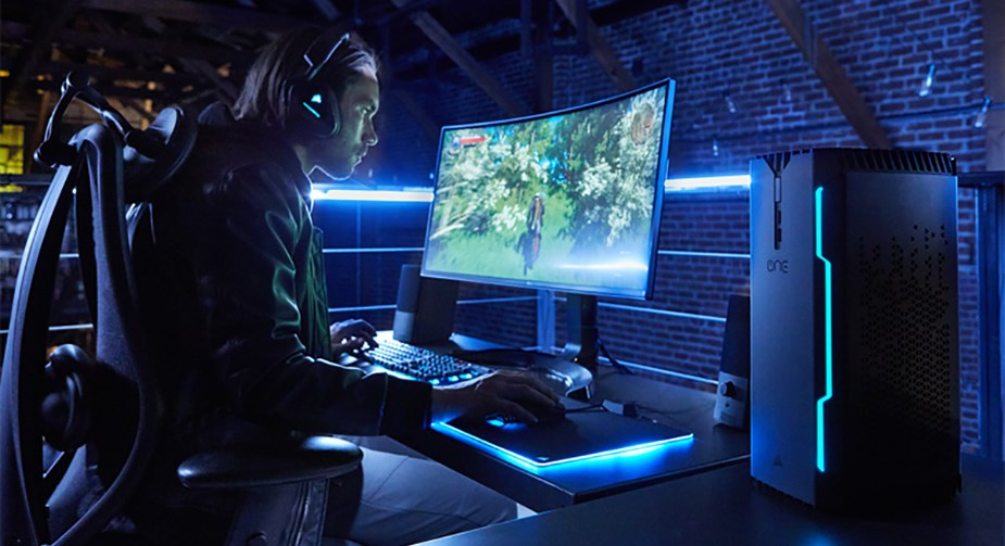 Corsair ONE PRO PLUS Compact Gaming PC i7-8700K 16GB 480GB+2TB 1080TI Win10  Home