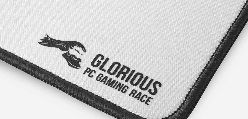 Glorious XL Slim Gaming Mouse Mat - White - Desktop Overview 1